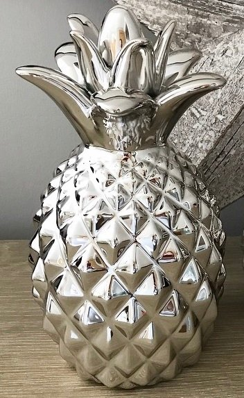 Ceramic Pineapple Ornament 18cm